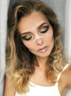 + Ideas for Beautiful, Unique and Eye-catching Festival Makeup - slim woman with wavy brunette hair, and blonde balayage, wearing brown and sparkly golden eyeshadow - Glitter Face Makeup, Pink Lipstick Makeup, Makeup Black, Face Paint Makeup, Eye Makeup, Glitter Gel, White Face Makeup, Blonde Makeup, Glitter Wine