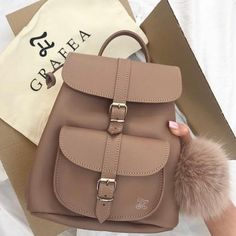Grafea backpacks for college girls – Bags Cute Mini Backpacks, Stylish Backpacks, Girl Backpacks, Cute Backpacks For College, Popular Backpacks, School Backpacks, Grafea Backpack, Backpack Bags, Chic Backpack