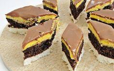 "Desert prajitura ""O noapte la Venetia"" - Galerie foto Romanian Desserts, Romanian Food, Sweets Recipes, Cookie Recipes, Aniversary Cakes, Hungarian Cake, Food Cakes, Cakes And More, Pavlova"