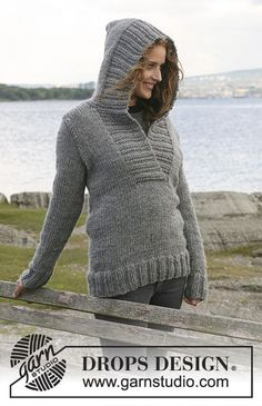 """Campfire / DROPS 109-1 - Knitted DROPS Jumper with hood in """"Eskimo"""". Size S - XXXL."""