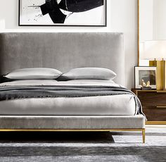 Italia Panel Non-tufted Fabric Platform Bed