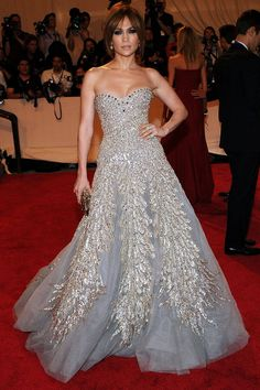 March 2010: Lopez matches Zuhair Murad gown w/ tousled updo at Costume Institute Gala