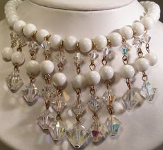 50's White Clear Plastic Lucite Crystal Glass Drop Bib Bead Necklace
