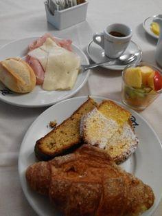 Abbondante colazione a Padova