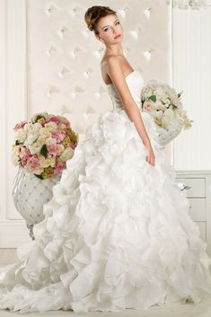 Excellent Wedding Dresses Selections For Your Personal Inspirations Right Now! Stop By Our Web Page To Enjoy Our Awesome Wedding Dress Photos.