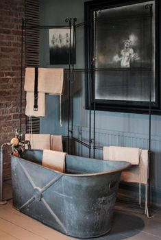 ♂ Masculine rustic interior design grey bathroom