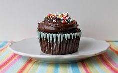 Yammie's Noshery: Secretly Healthy Chocolate Peanut Butter Cupcakes