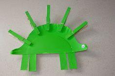 Giggleberry Creations!: Paper Plate Playtime Palooza! Dinosaur
