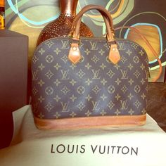 Authentic LV Alma Make me an offer !! Trade ✅ only for Another LV not a million coach or MK bags. Louis Vuitton Bags