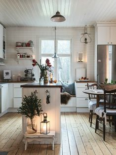 Scandinavian Cottage, Swedish Cottage, Swedish Decor, Swedish House, Swedish Farmhouse, Swedish Style, Swedish Kitchen, Kitchen Black, Cozy Cottage