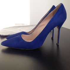 Manolo Blahnik Royal Blue Pumps (size 40) Royal blue suede Manolo Blahnik BB pumps- AUTHENTIC - purchased from SAKS Fifth Ave. size 40 (YS 10) Does have some blemishes and wear but no tears. Original dust bag included. Manolo Blahnik Shoes Heels