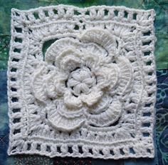 Mayapple Flower Square, free crochet pattern by Marie Segares/Underground Crafter.