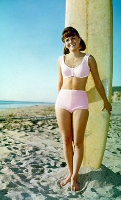 ..... I hang at the beach lookin' all cute- Sally Field, Gidget,1965