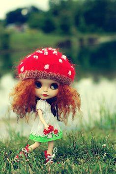 Mushroom Blythe ~ looks spookily like my friend Bev!