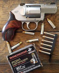 Cool Guns, Awesome Guns, Hollow Point, Hand Guns, Weapons, Firearms, Weapons Guns, Pistols, Guns