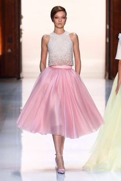 Yumi Lambert at Georges Hobeika haute couture spring 2014 Pink Fashion, Runway Fashion, Fashion Outfits, Paris Fashion, Pink Dress, Dress Up, Pink Tulle, Dress Prom, Prom Dresses