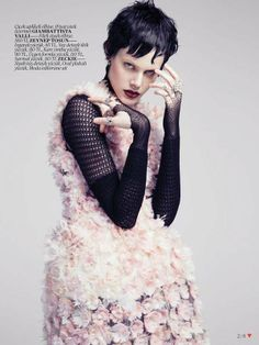 Defiantly Feminine Editorials - Vogue Turkey's 'Punk Prenses' Editorial is Both Chic and Punk (GALLERY)