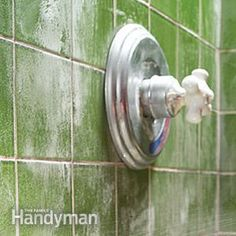 Stubborn stains - rust, lime and soap scum - are no match for these cleaning tips!