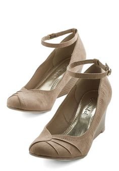 Step-by-Steppin' Out Heel   Mod Retro Vintage Heels   ModCloth.com