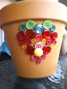 Strawberry button pot