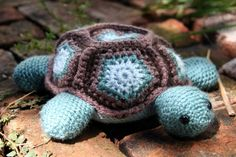 turtle in crochet
