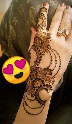 Easy and Stylish Mehndi Designs Here are the best Unique and Stylish Mehndi Des… – Henna Khafif Mehndi Design, Mehndi Designs 2018, Modern Mehndi Designs, Mehndi Designs For Girls, Mehndi Design Photos, Mehndi Designs For Fingers, Dulhan Mehndi Designs, Mehndi Designs For Hands, Designs Of Mehandi