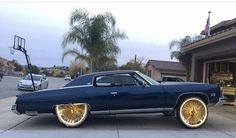 Lean back, wayyyy back. Chevy Caprice Classic, Detroit Cars, Donk Cars, Rims For Cars, Convertible, Old School Cars, Fancy Cars, Chevrolet Impala, Muscle