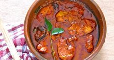 Red Fish Curry (Meen Vevichathu) - I love Indian food and have been looking for a recipe that my granddaughers would like and this might be it. They love fish and I can always adjust the seasonings. Goan Recipes, Curry Recipes, Fish Recipes, Indian Food Recipes, Cooking Recipes, Ethnic Recipes, King Mackerel, Calamari Recipes, Fish Curry