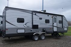 Buy New 2018 Catalina Legacy Edition Coachman Trailer Camper Rv at online store Coachmen Rv, Rv Dealers, 5th Wheels, Rvs For Sale, Rv Campers, Motorhome, Recreational Vehicles, Camping, Bunkhouse