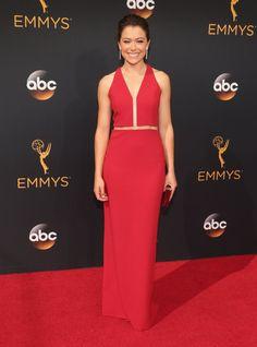 Retour Sur le Tapis Rouge des Emmy Awards 2016 Tatiana Maslany Portant une tenue signée Alexander Wang.