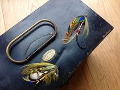 ..a couple of flies off to a Gentleman in Utah  By Stuart Hardy