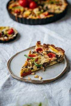 Savory Tart, Eggplant, Vegetable Pizza, Quiche, Vegan, Vegetables, Breakfast, Tomatoes, Healthy Eating