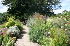 THE English Country Garden at Gravetye Manor