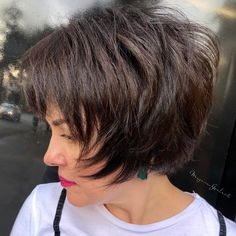 60 Short Shag Hairstyles That You Simply Can't Miss Short Feathered. - 60 Short Shag Hairstyles That You Simply Can't Miss Short Feathered Shag - Modern Shag Haircut, Short Hairstyles For Thick Hair, Short Hair With Layers, Short Hair Cuts For Women, Curly Hair Styles, Short Stacked Hair, Quick Hairstyles, Feathered Hairstyles, Everyday Hairstyles