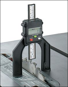 Digital Tool-Setting Gauge - Woodworking