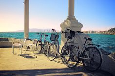 "Good morning & happy Thursday dear friends!😊  How about a bike ride on the Costa del Sol?  A good plan is to ride a bike on any promenade along our coastline, observing the landscape with the breeze and smell of the sea. Then, you can swim on the beach and stop at a ""chiringuito"" to have a drink to rest after sport."