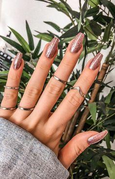 Best Coffin Nail & Gel Nail Designs For Summer 2019 coffin gel nails - Coffin Nails Diy Nails, Cute Nails, Pretty Nails, Smart Nails, Essie, Nail Art Designs, Nails Yellow, Gel Nagel Design, Nail Polish