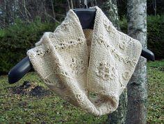 Nature Vivante Cowl by Kadri's Stitches  ~  FREE pattern download