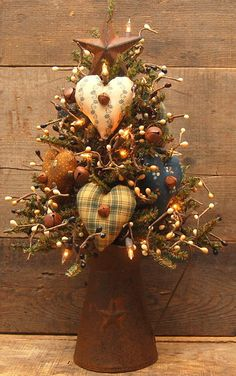 SMALL HANDMADE PRIMITIVE TABLE TOP LIGHTED VALENTINES DAY RUSTY PITCHER TREE #NaivePrimitive