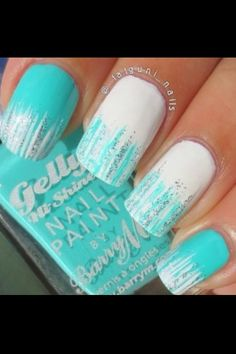 Glitter nail art designs have become a constant favorite. Almost every girl loves glitter on their nails. Glitter nail designs can give that extra edge to your nails and brighten up the move and se. Gorgeous Nails, Love Nails, How To Do Nails, Pretty Nails, Teal Nails, Tiffany Blue Nails, Nails Turquoise, Sparkly Nails, Bling Nails