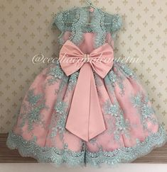 Luxury Princess Pearls Appliques Pink Blue Flower Girl Dress long pageant dresses for kids communion Dresses kids evening gowns, Lace Flower Girls, Lace Flowers, Flower Girl Dresses, Toddler Dress, Baby Dress, Little Girl Dresses, Girls Dresses, Dress Anak, Baby Girl First Birthday
