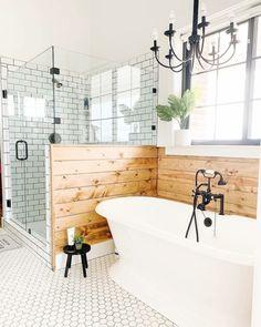 Bathroom Inspiration : Farm House FanaticsThe Definitive Source for Interior Designers House Inspo, Home, House Styles, House Bathroom, Bathrooms Remodel, New Homes, House, House Interior, Bathroom Design