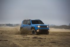 2015 Jeep Renegade Trailhawk - Provided by MotorTrend