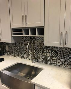 These bold tiles look great as a rustic kitchen backsplash. The perfect kitchen idea for your next kitchen remodel. Rustic Kitchen, Kitchen Backsplash, Kitchen Cabinets, Kitchen Inspiration, Kitchen Remodel, Tiles, Home Decor, Room Tiles, Decoration Home
