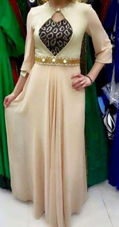 Buy discount womens party wear in Pakistan at Oshi. Book Online comport womens party wear in Karachi, Lahore, Islamabad, Peshawar and All across Pakistan. Stylish Kurtis, Stylish Dresses, Simple Dresses, Casual Dresses, Kurti Neck Designs, Dress Neck Designs, Blouse Designs, Indian Dresses, Indian Outfits