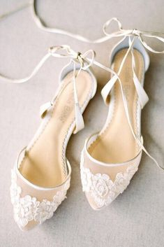 01d54e8fdcd7 27 Flat Wedding Shoes For Lovers Of Comfort   Style
