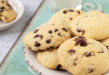 Narancsos-áfonyás keksz Naan, Cukor, Cookies, Food, Bonbon, Crack Crackers, Biscuits, Essen, Meals