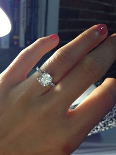 THIS is what I want! 1.81 carat center diamond...PERFECT! So simple and elegant!