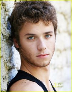 Jeremy Sumpter. He will forever be in my mind Peter Pan.
