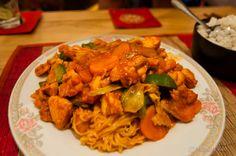Cooking Dakgalbi in Hanoi, Vietnam (Spicy Barbecue Chicken)  http://runawayjuno.com/2012/05/02/cooking-dakgalbi-in-hanoi-vietnam-korean-food/